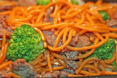 Free--Pork Lo Mein - Click Image to Close